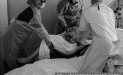 ワクチン不足下の感染爆発で病床数を「つじつま合わせ」